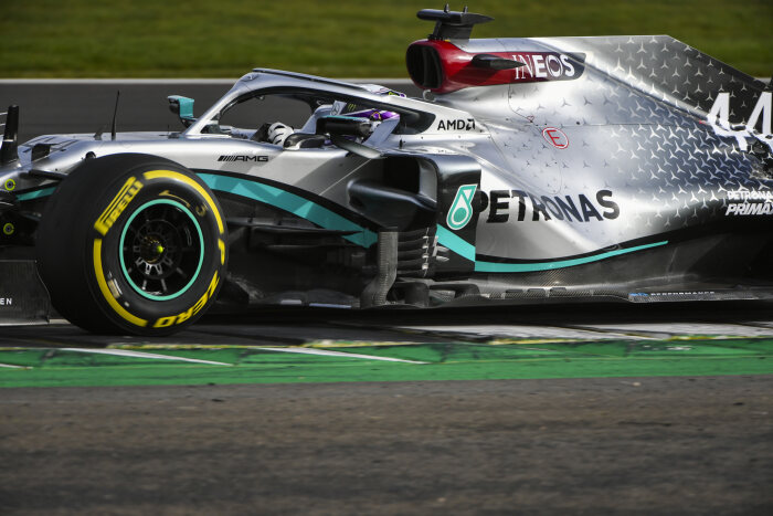 M226359 Mercedes-AMG F1 W11 EQ Performance Shakedown - LAT Images