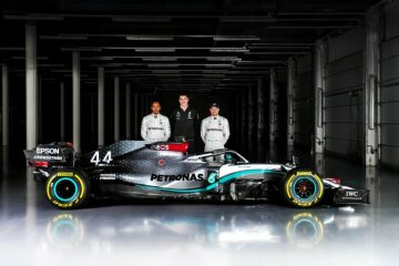 Mercedes-AMG F1 W11 EQ Performance Shakedown